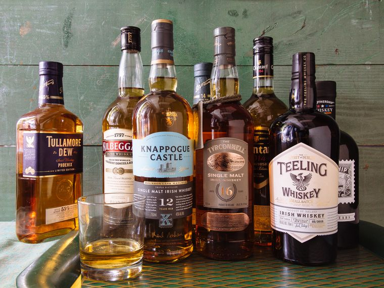 Sendgiftscom whiskey gifts for new clients for Christmas Eve
