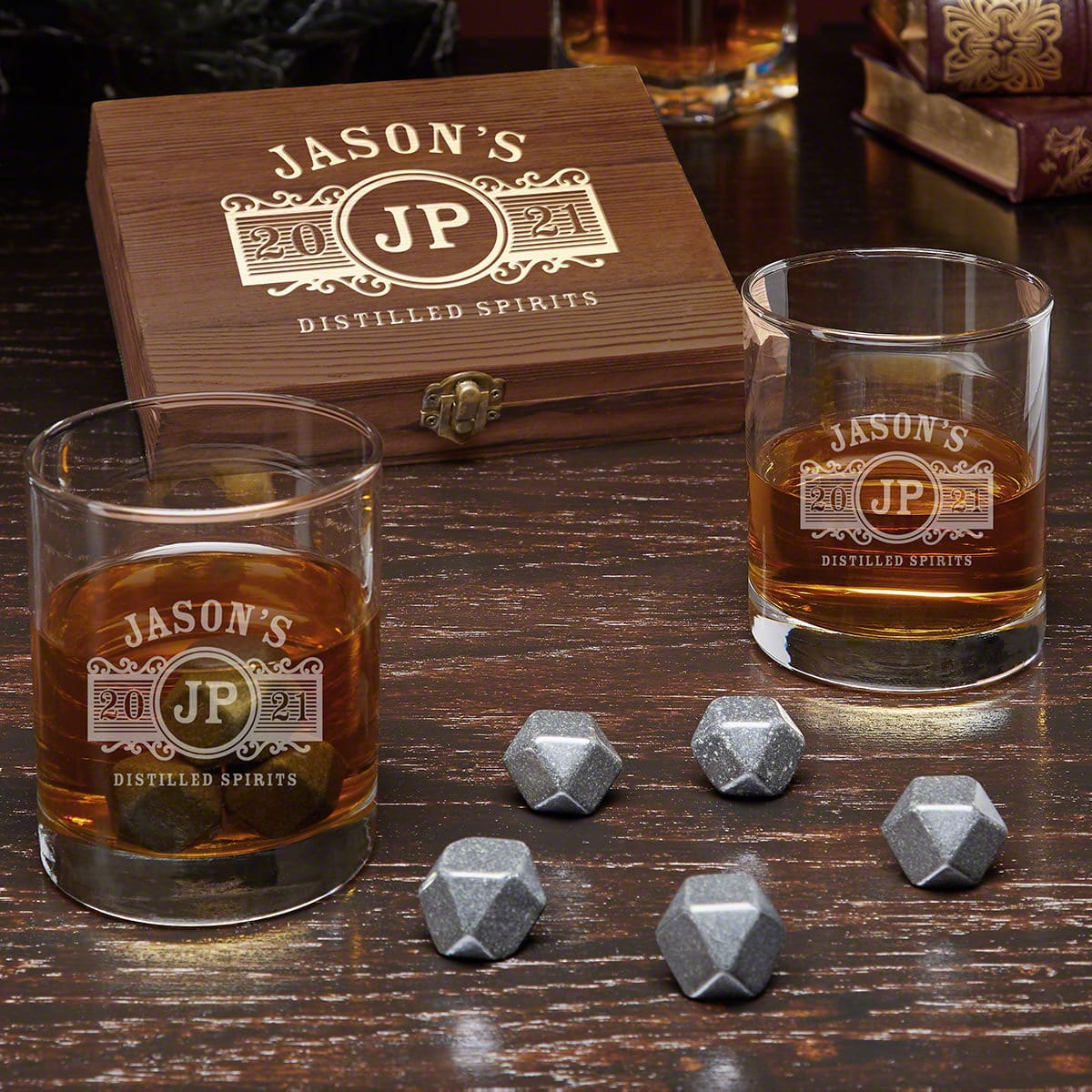 TOP BOURBON GIFTS TO CHOOSE FOR YOUR ANNIVERSARY GIFT BASKET